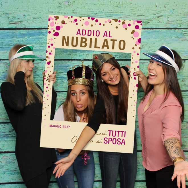 cornice photo booth addio al nubilato crema